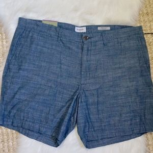 Men's flat front chambray shorts size 42 NWT